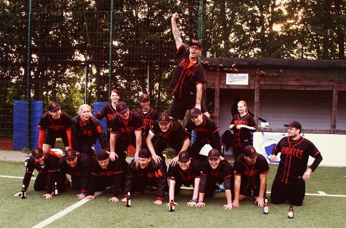 Erneut RFL Champions 2015. Am letzten Spieltag in Ennepetal wurde alles klar gemacht.